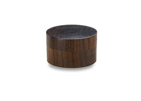 Pudełeczko z ciemnego drewna 2